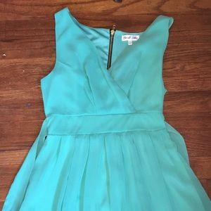 Flowy mint green dress size 7